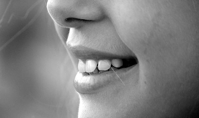 smile-191626_640-640x380